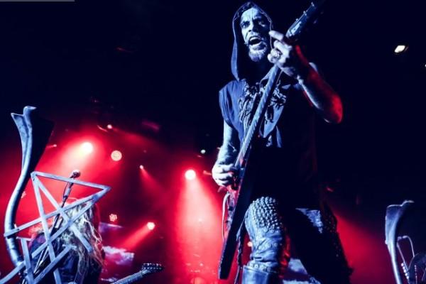 Behemoth-live-2