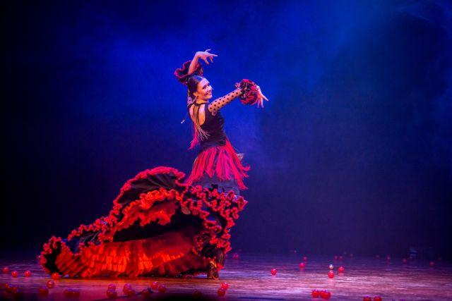 Flamenko šokio spektaklis fiesta VALGYK, MELSKIS IR MYLĖK